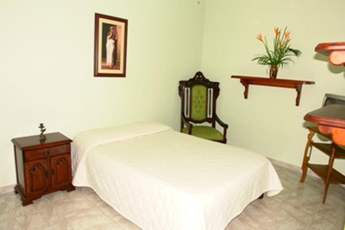 Hotel Santafe de Antioquia habitación Estándar 1