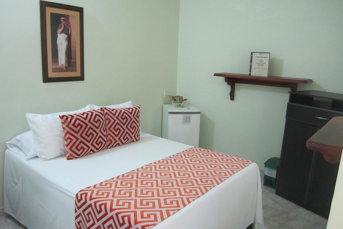 Hotel-Santafe-de-Antioquia-habitación-Estandar (4)