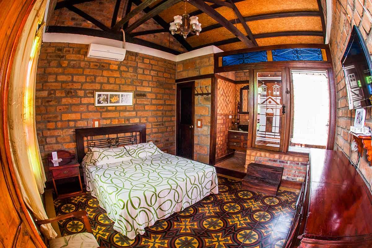 Hotel Santafe de Antioquia habitación Superior 3