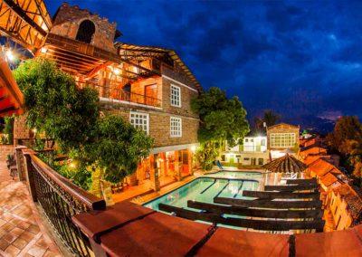 Piscina Hosteria de La Plaza Menor (2)